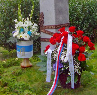 Památník Jaroslava Němce - Flowers from Prince Karel Schwarzenberg