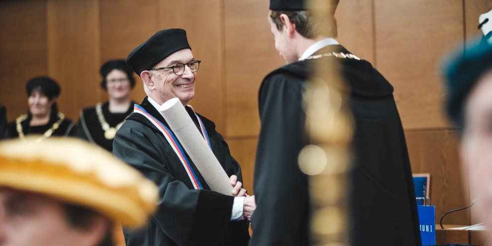 Masaryk University Doctor Honoris Causa to Michael Seng