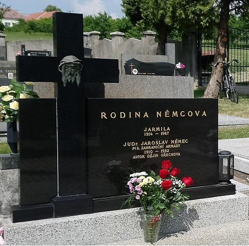 JUDr. Jaroslav Němec grave in Ořechov